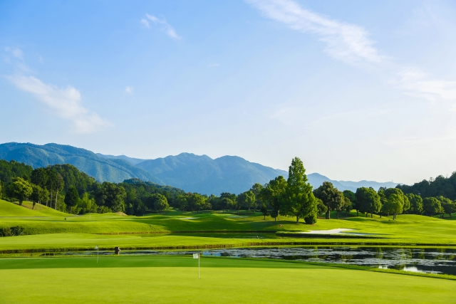 シニアのゴルフサークル